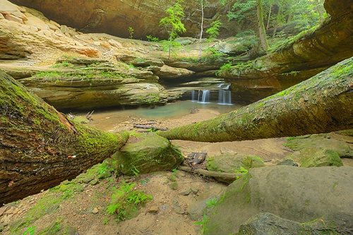 Middle Falls, Old Man's Cave Area, Hocking Hills State Park, Ohio